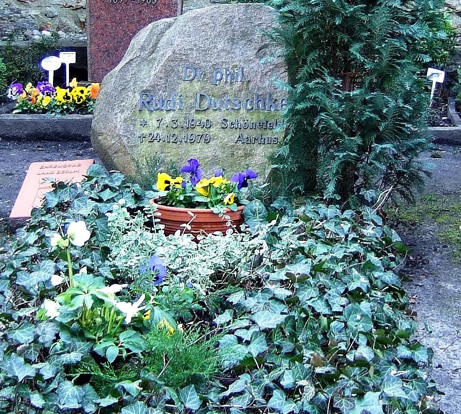 Rudi Dutschkes grav i Berlins bydel Dahlem