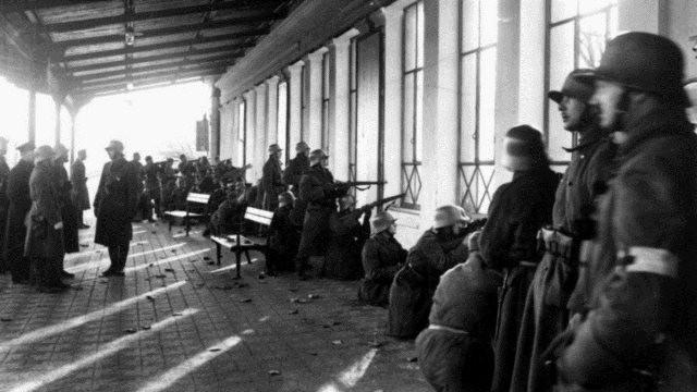 Forbundshæren i kampen mod arbejdermilitsen i Linz