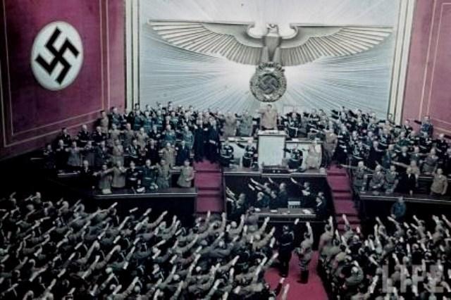 Naziernes øverste hirarki  i den opløste tyske Rigsdag