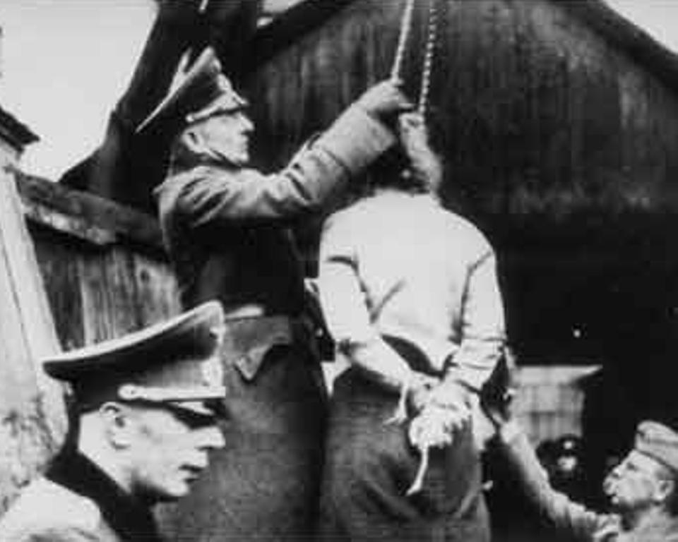 Henrettelse af formodede russiske partisaner