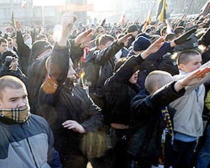 "naziopmarch i Moskva, de såk. ""russiske marcher"" (Русский марш)"