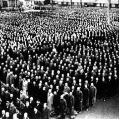 Over 30.000 Jøder arresteres på krystalnatten og bliver som her samlet i kz-lejren Buchenwald