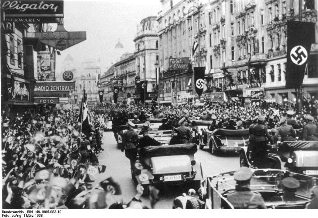 De tyske naziers indmarch og besættelse af  Østrig: Wien d. 11. marts 1938