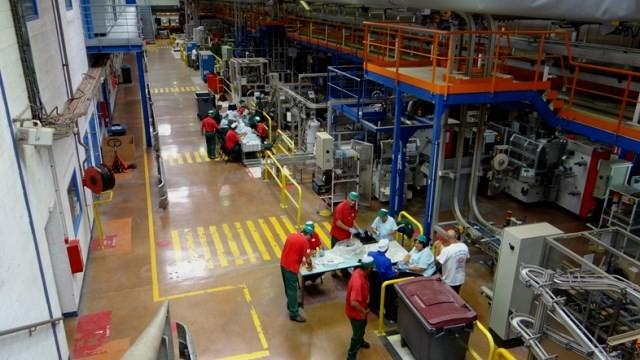 Fralib-fabrikkens produktionshal