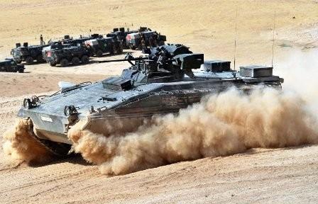 """Tysk tank af typen """"Marder"""" (rækkevide 3,4 km) er indsat i Masar-i-Sharif – området."""