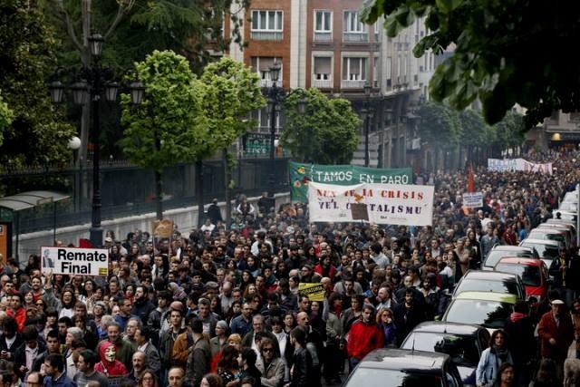 Movimiento 15-M - demonstration i Madrid, d. 12. maj 2013 ved 19-tiden