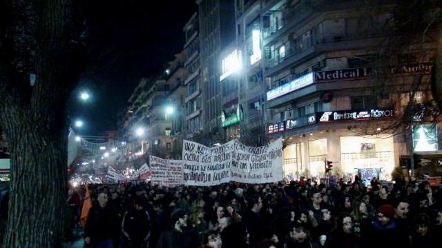 Solidaritetsdemo med de sultestrejkende immigranter i Thessaloniki