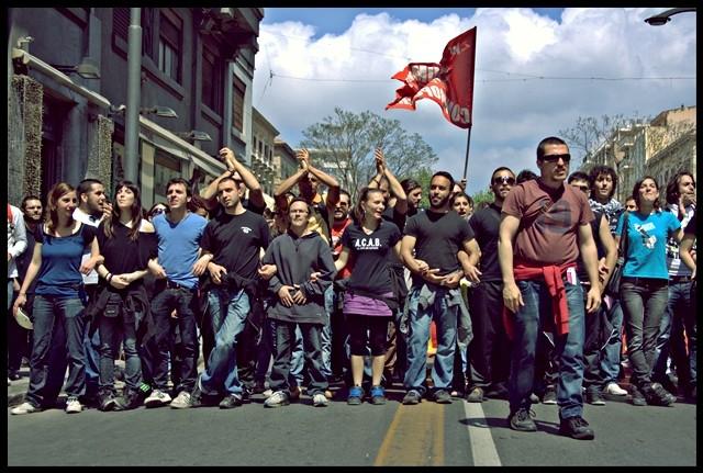 """Socialstrejken """"Sciopero sociale"""" imod den kapitalistiske krise"""