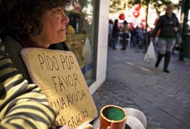 Fattigdom i Spanien: I omkring 2 millioner husholdninger er der ikke et eneste familie-medlem, som har nogen indtægt...