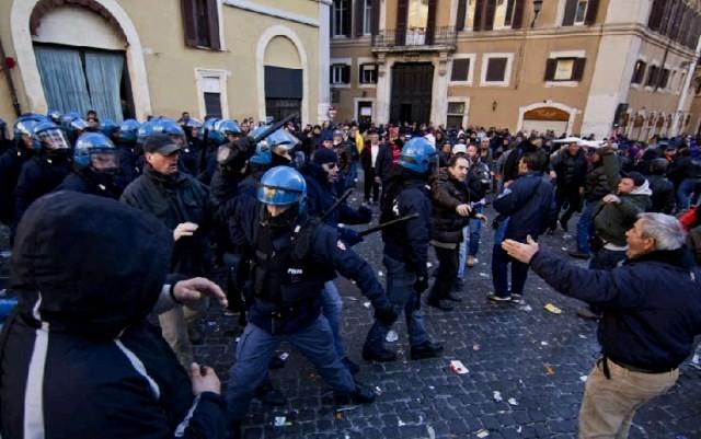 Politiindsats i Bologna, d 27. januar 2012