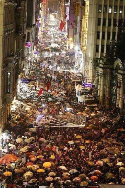 8.marts demo i Istanbul