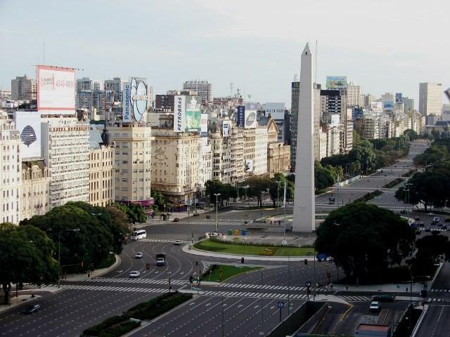 Centrummet i metropolbyen Buenos Aires lignede en spøgelsesby for et døgns tid
