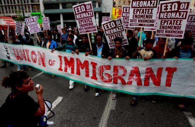 Athen: Immigranterne demonstrerer imod racisme