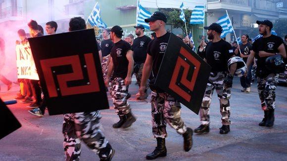 Chrysi Avgi macherer mod immigranter og venstrefløjen
