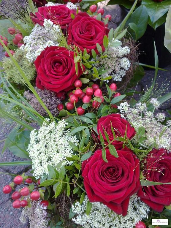 Blumen zum Geburtstag - Rosenrot