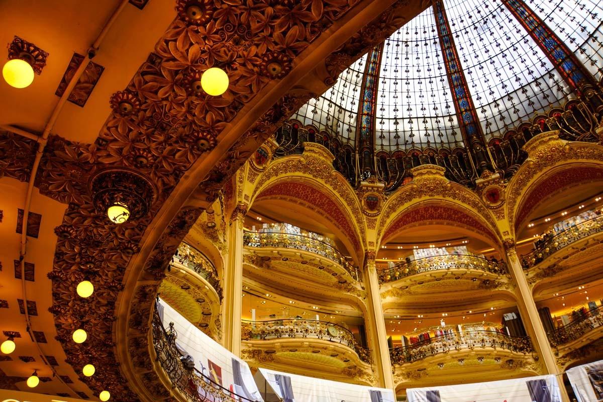 Im Kaufhaus Galeries Lafayette