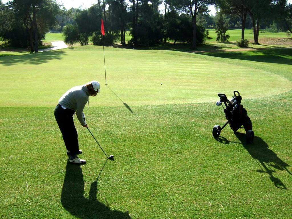 Tat-Golf, Grün 16