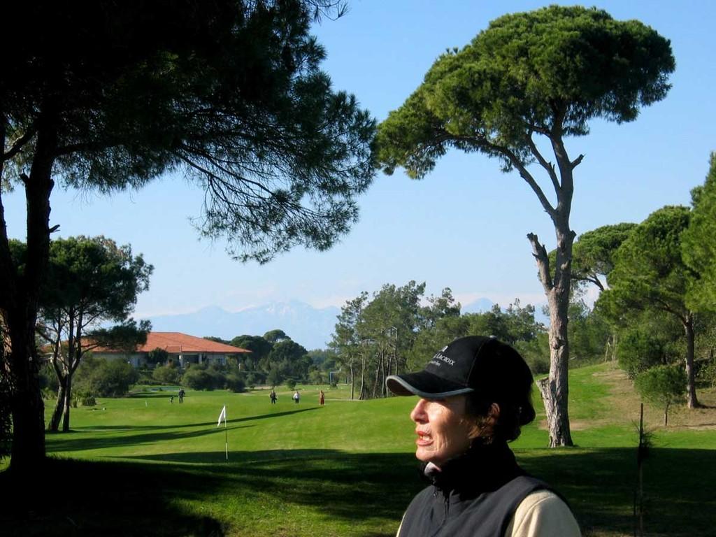 Tat-Golf, Blick auf Bahn 1