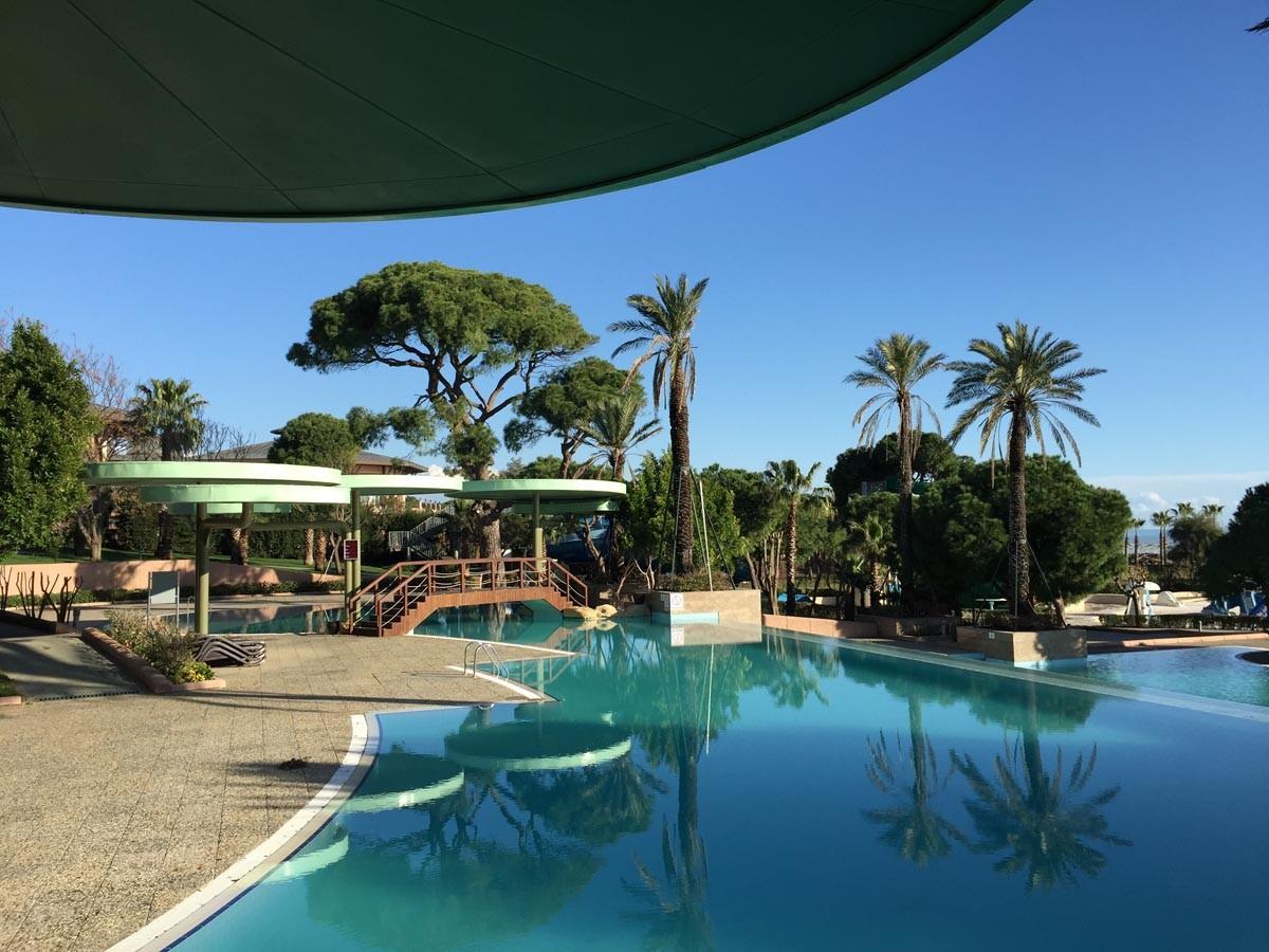 Gloria-Verde Poolbereich