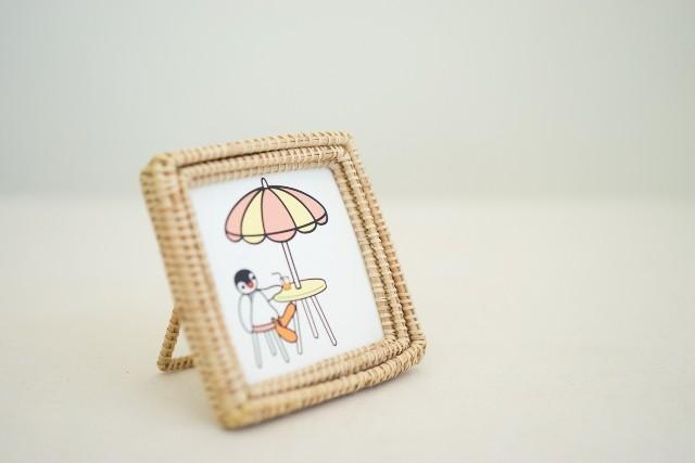 カンボジア雑貨 -ラタンの写真立て