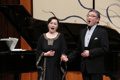 バリトンとメゾ・ソプラノの重唱