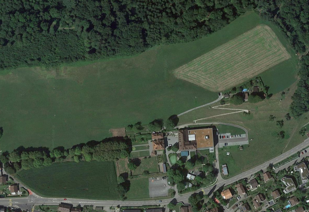 2019: Nach Ausbau Domicil, Abbruch Bauernhaus, neuer Gloriettenweg