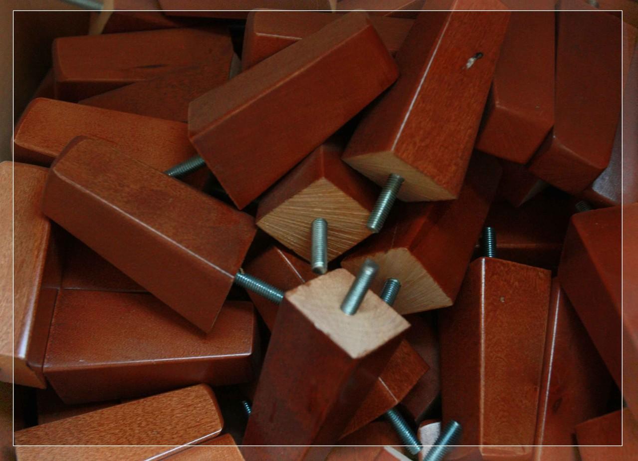 Patas de madera - EntreSofas - Sofas Valladolid