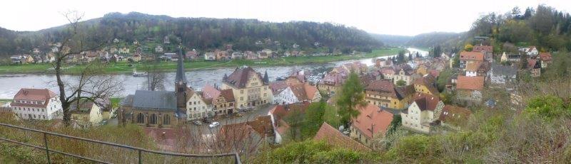 Blick vom Burgberg auf Stadt Wehlen