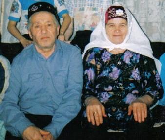 Наил бабабыз белән Наилә әбиебез