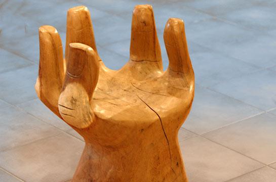 Designerstuhl aus Olivenwurzelholz