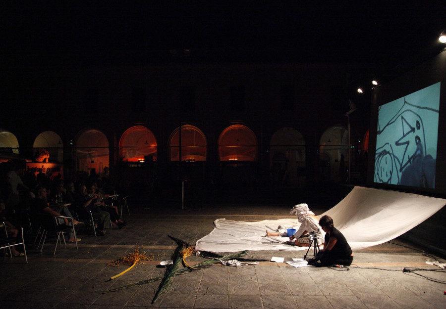 Performance CANGUELO mit Invalid Address. Claustre del Carme Menorca 2012