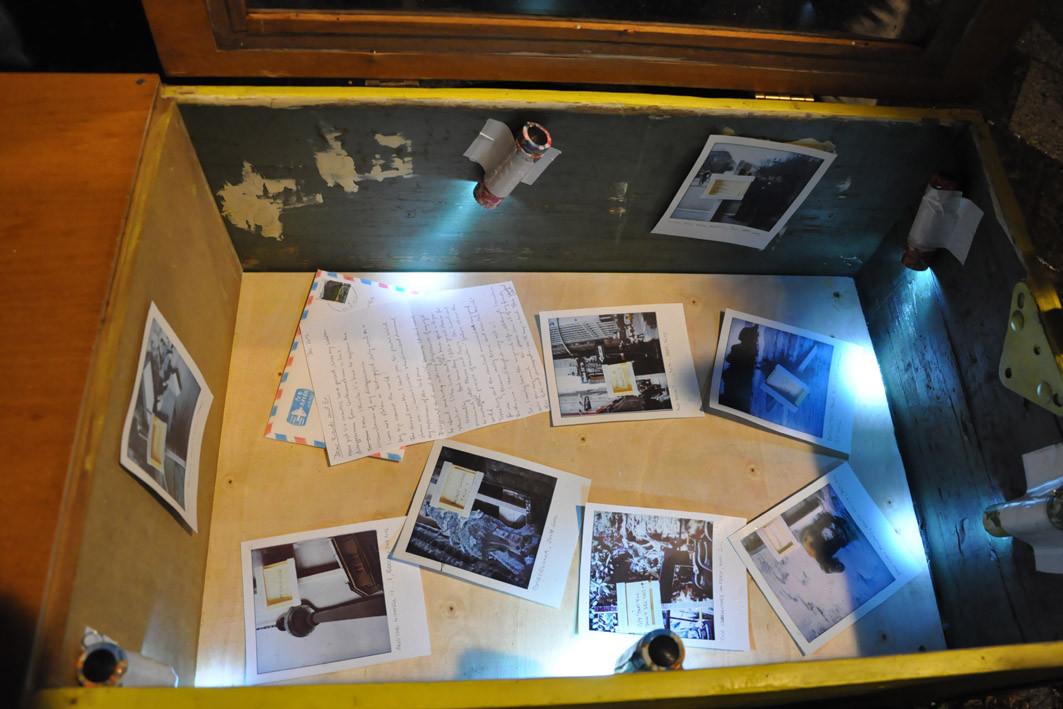 Ausstellungsansicht Ukradena Galerie - Ukradenamobil Linz, 2012