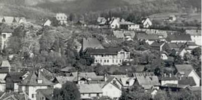 Kaffenberger 1969 in der Mitte  - links unten Fleischer Amborn - linker Rand Poliklinik - halbrechts oben PGH KfZ, ehemals Bau- und Möbeltischlerei Reinhold Rübsam, Oberer Grenzweg 4