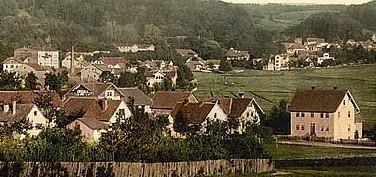 über den Sauerbrunnswiesen erkennen wir das Gasthaus - Repro W.Malek