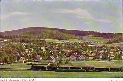 Dampflok von Bahnhof Liebenstein kommend in Richtung Steinbach, die Aufnahme stammt aus den 1950er Jahren, da war noch kein Spatenstich für die AWG gefallen