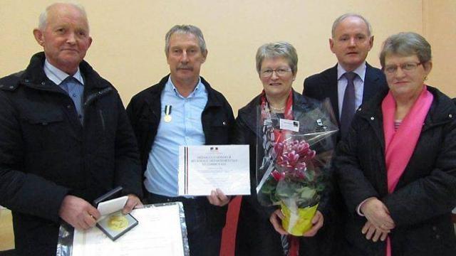 De gauche à droite : Georges Chemineau, Dominique Dioré, Jacqueline Havard, Didier Boittin et Claudine Mézange, au moment des récompenses.