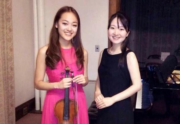 小町碧(ヴァイオリン)、加納裕生野 (ピアノ)