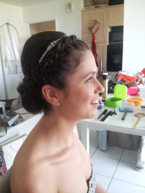 Coiffure mariée. Mise en beauté de la mariée, beauté événementielle L'Instant Beauté de Noé