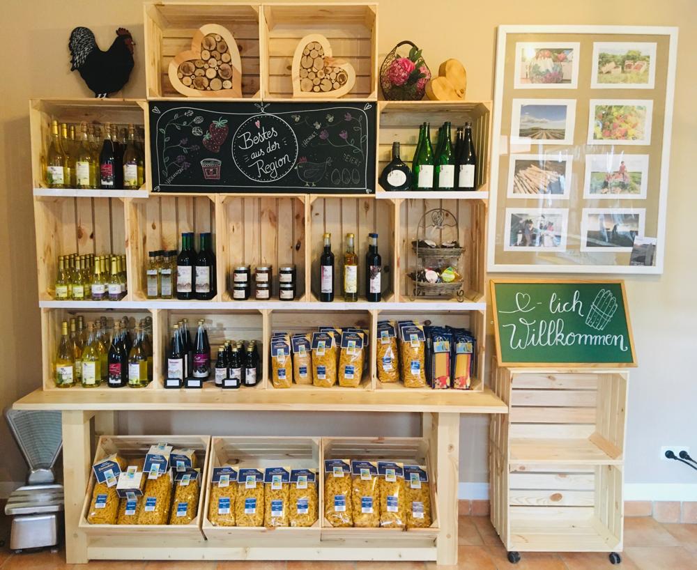 Unser neu gestalteter Hofladen in Ebenried mit regionalen Produkten