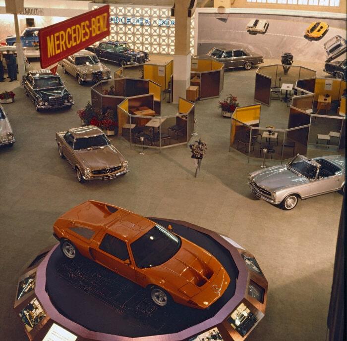 Mercedes-Benz Experimentalfahrzeug C 111-II, Präsentation auf dem 40. Genfer Automobilsalon vom 12. bis 22. März 1970