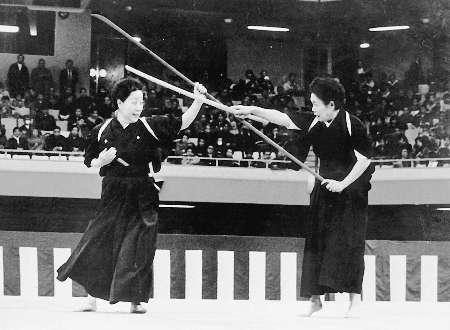 Toya Akiko and Higashi Tomoka