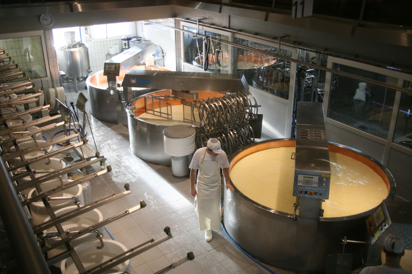 Cheese production, the old traditionall way