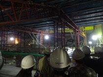 写真右奥が舞台側の大ホール建設地(市街地整備ゾーン建物の2階)