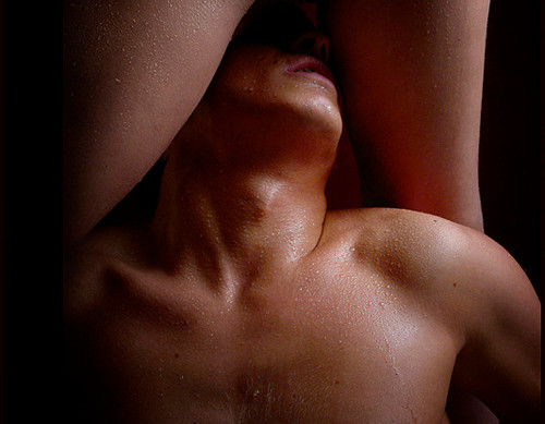 hai sempre desiderato una massaggiatrice tantrica che ti faccia vedere com'è lo squirting potente? eccola qui