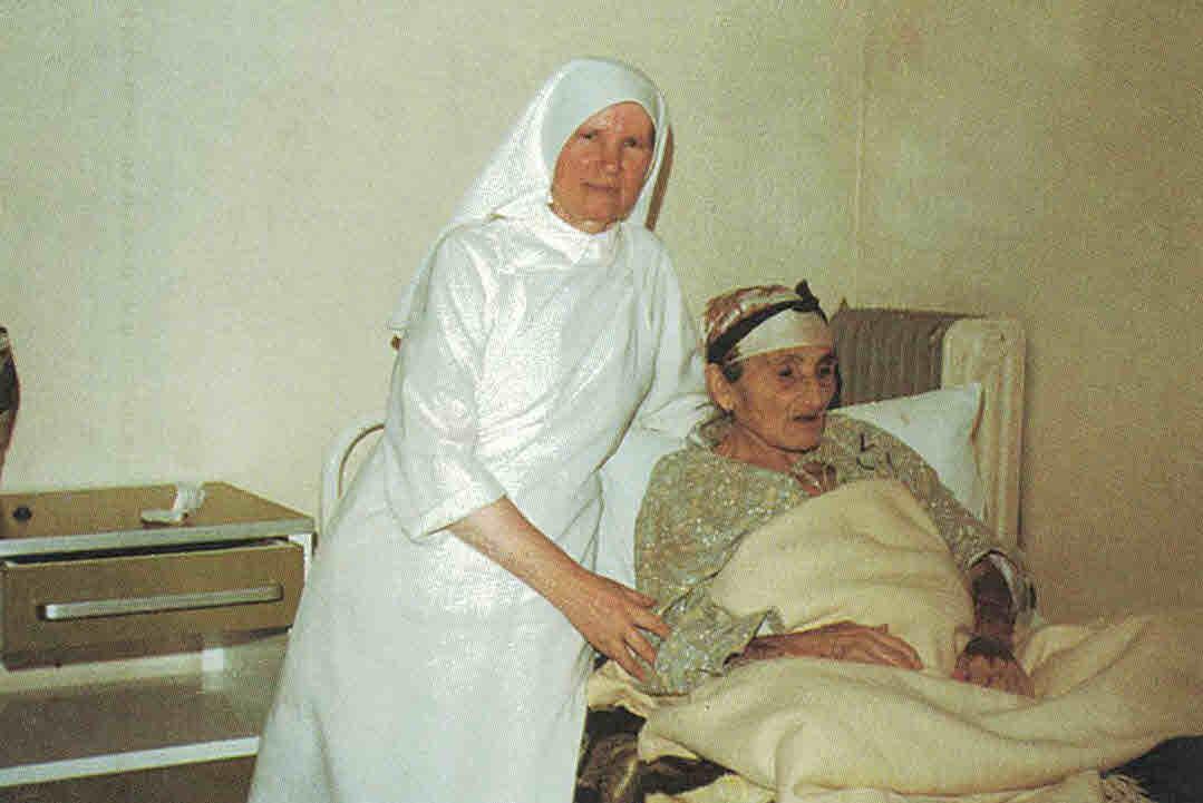 Eucharistinerin im Krankenhaus © Eucharistinerinnen