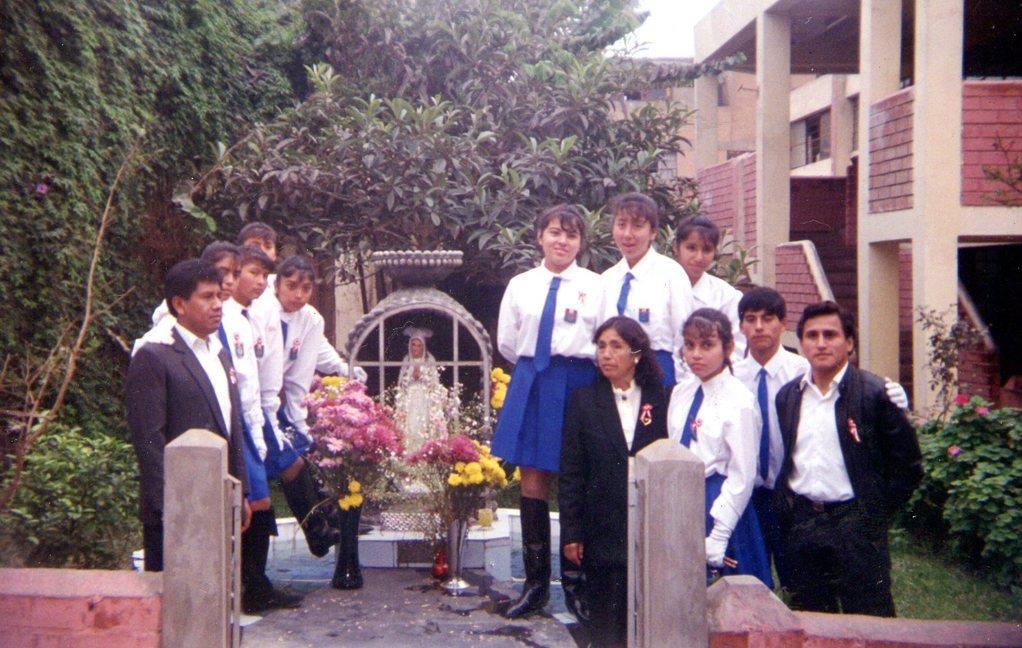 después del desfile escolar-1995