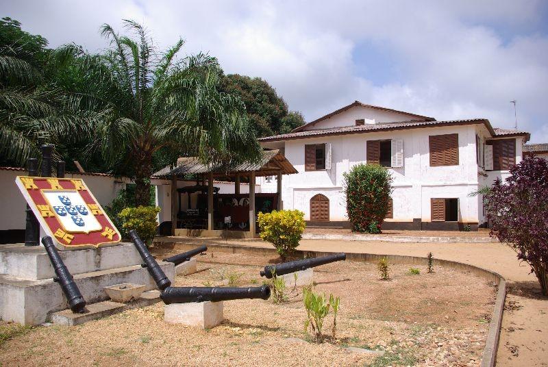 Musée d'histoire de Ouidah dans un ancien fort Portugais