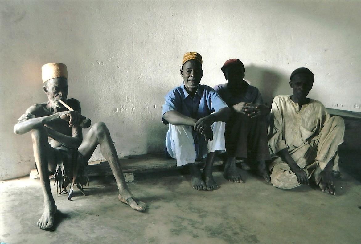 Les sages dans la maison du chef Taneka