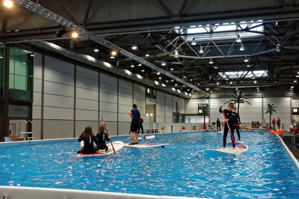 Mitmach-Wassersport auf der großen Wasserfläche