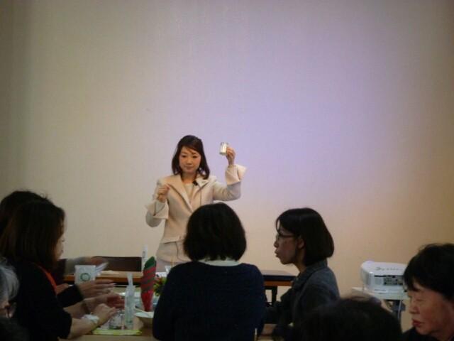 乳香のバスソルト作り デモストレーション